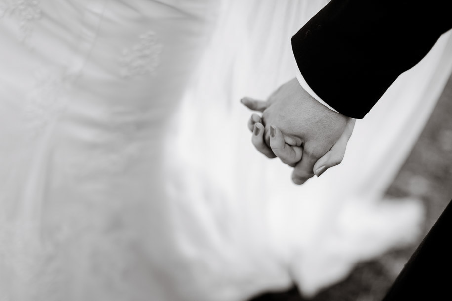 121-Wedding-photographs-2352
